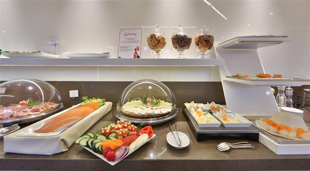 Best Western Plus Tigullio Royal Hotel - Breakfast