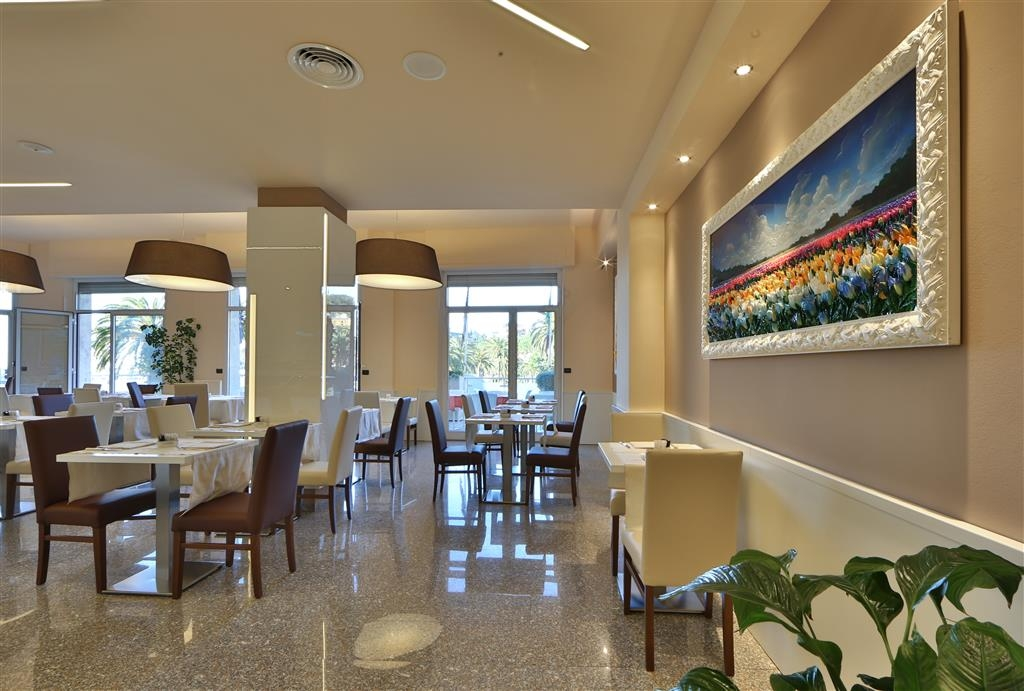 Best Western Plus Tigullio Royal Hotel - Breakfast Area