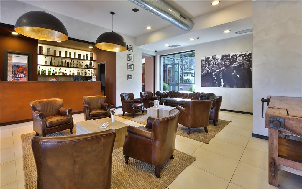Best Western Falck Village Hotel - Vista del vestíbulo
