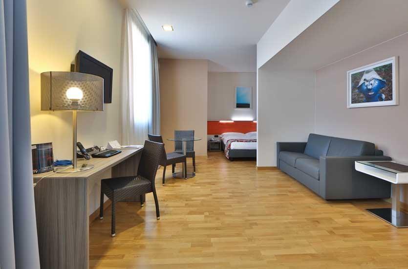 Best Western Falck Village Hotel - Habitaciones/Alojamientos