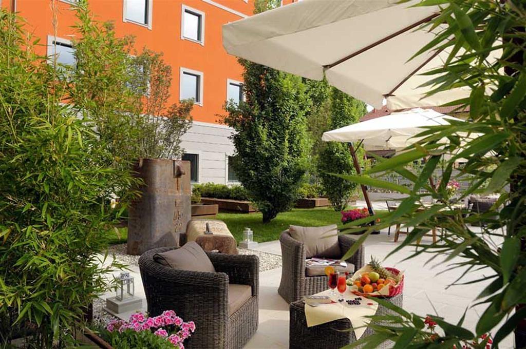 Best Western Falck Village Hotel - proprietà amenità