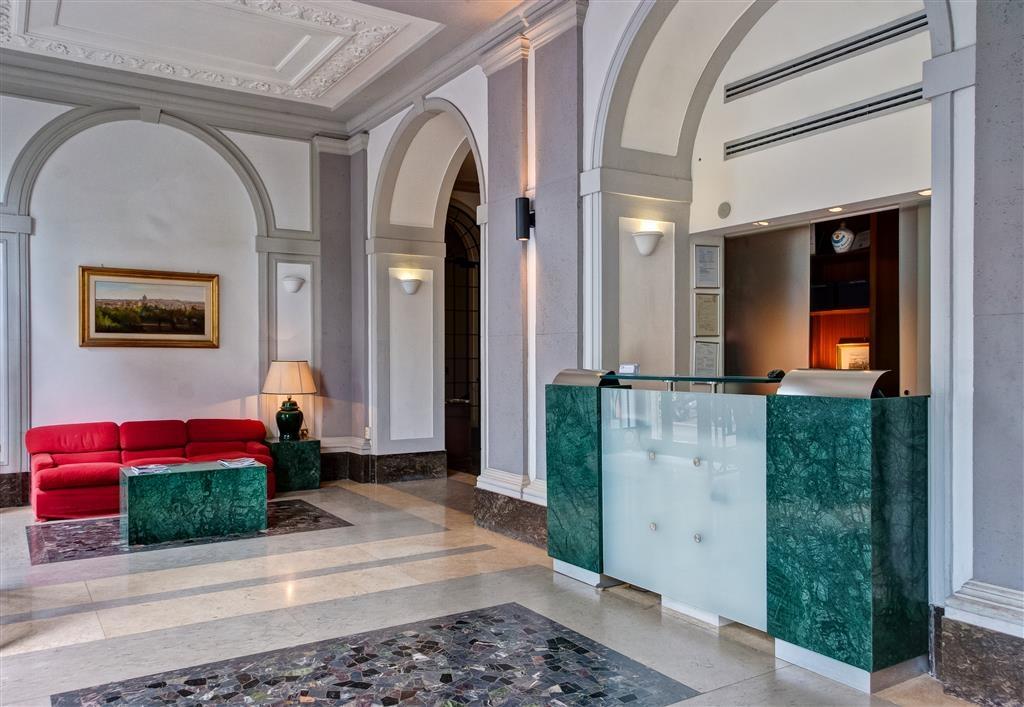 Best Western Hotel Astrid - Hall de l'hôtel