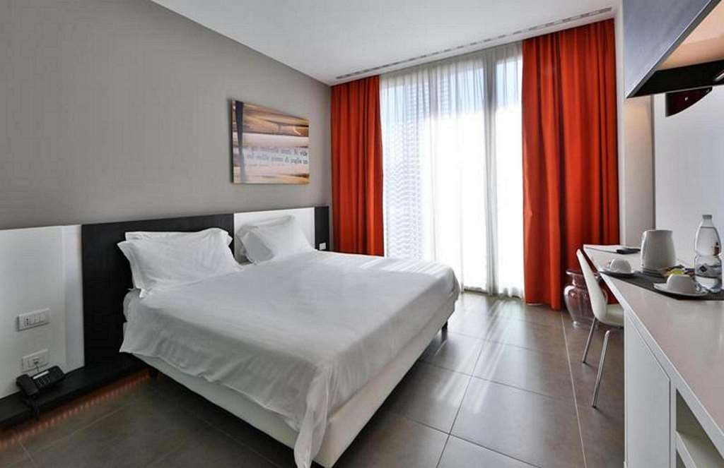 Best Western Hotel Parco Paglia - King size Bed