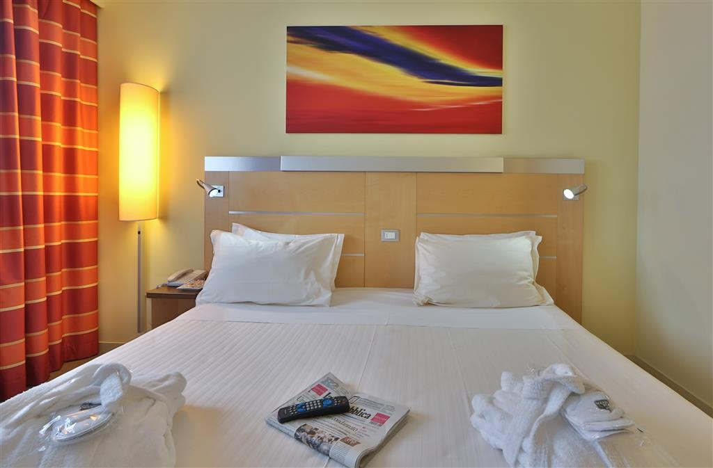 Best Western Palace Inn Hotel - Chambre