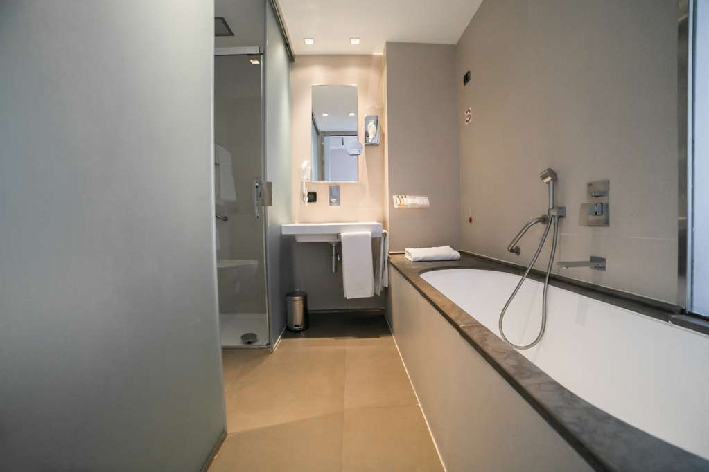 Best Western Premier Hotel Royal Santina - Bathroom
