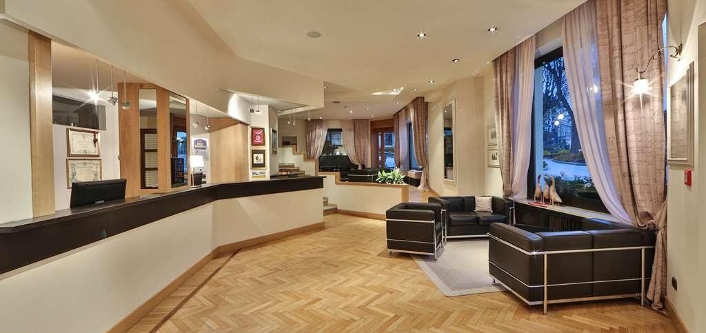 Best Western Plus Hotel Alla Posta - Lobbyansicht