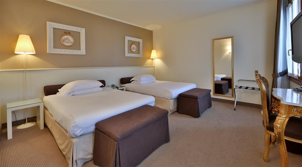 Best Western Hotel Canon D'Oro - Junior Suite with 2 queensize beds