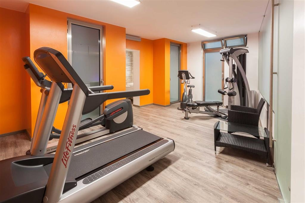 Best Western Plus Executive Hotel and Suites - Fitness Center