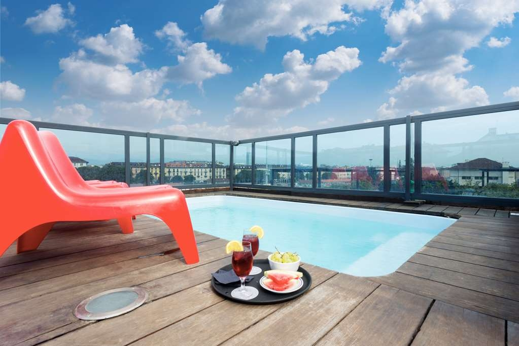 Best Western Plus Executive Hotel and Suites - Jacuzzi pool Rooftop
