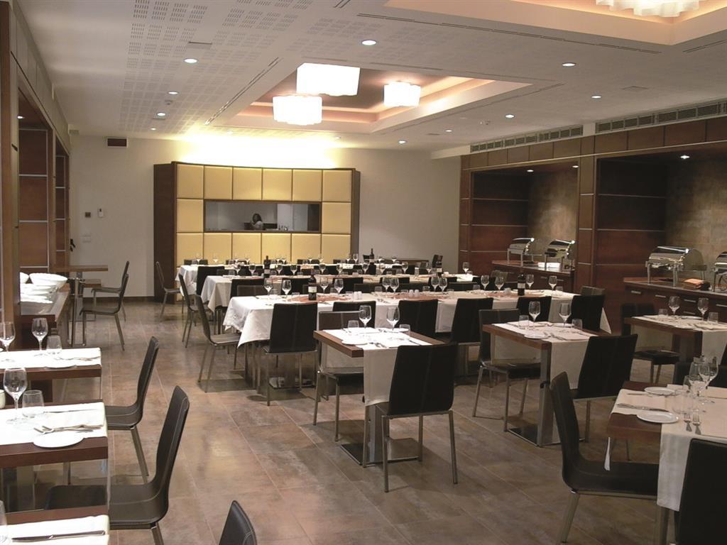 Best Western Plus Hotel Le Favaglie - Restaurante