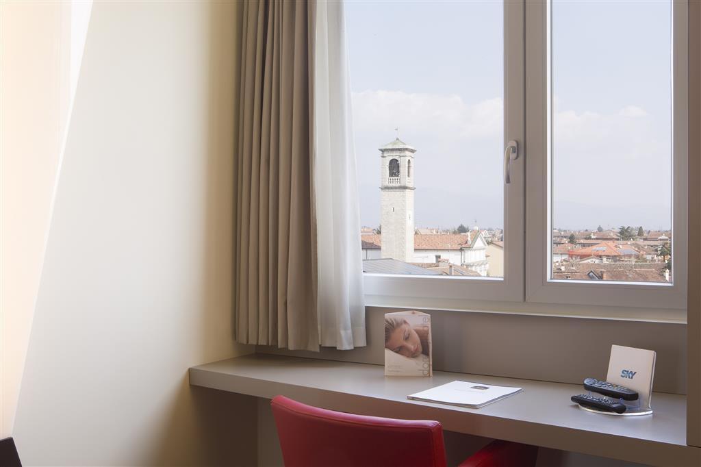 Best Western Hotel Continental - Gästezimmer