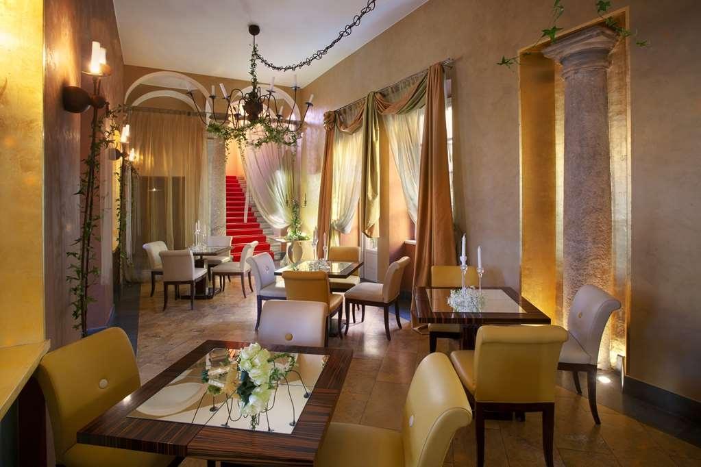 Best Western Villa Appiani - Vista del vestíbulo