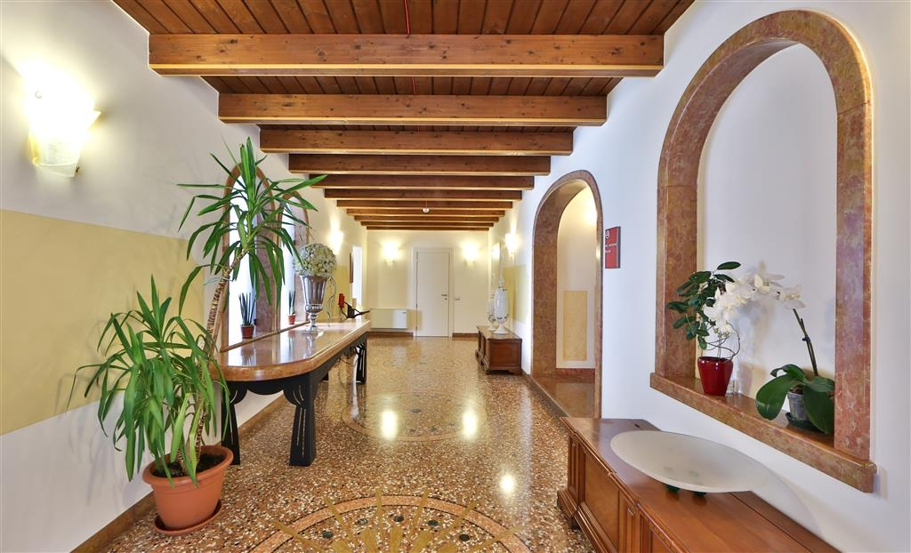 Best Western Titian Inn Hotel Treviso - Corridor