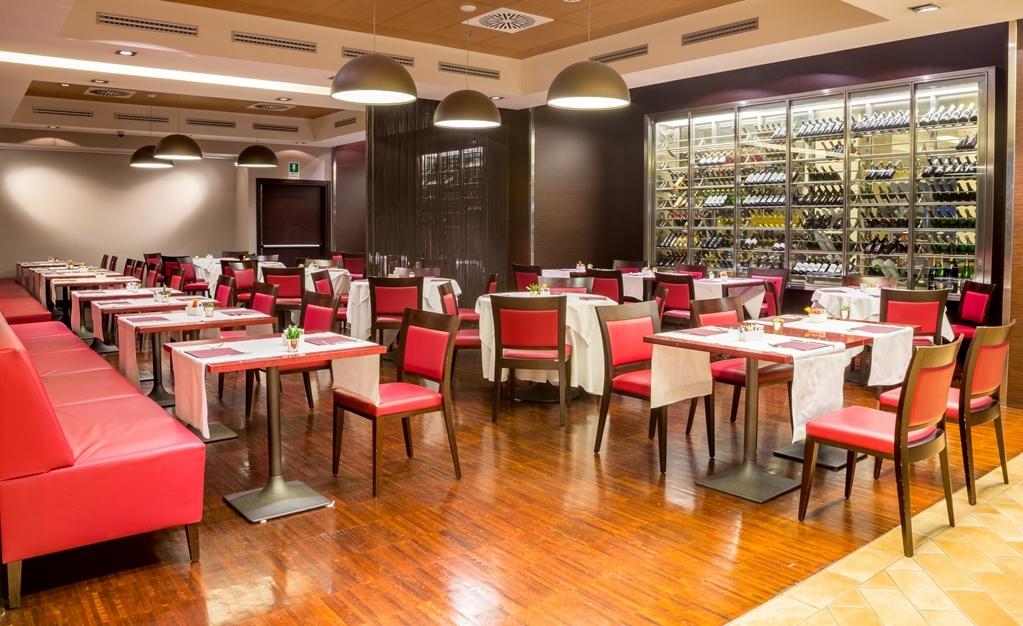 Best Western Premier BHR Treviso Hotel - Restaurant / Gastronomie