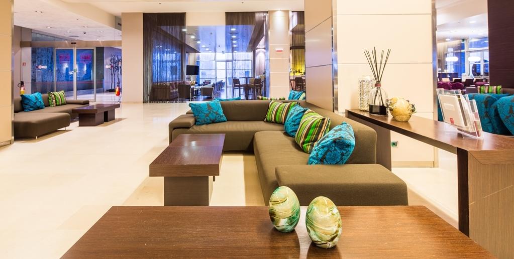 Best Western Premier BHR Treviso Hotel - Vista del vestíbulo