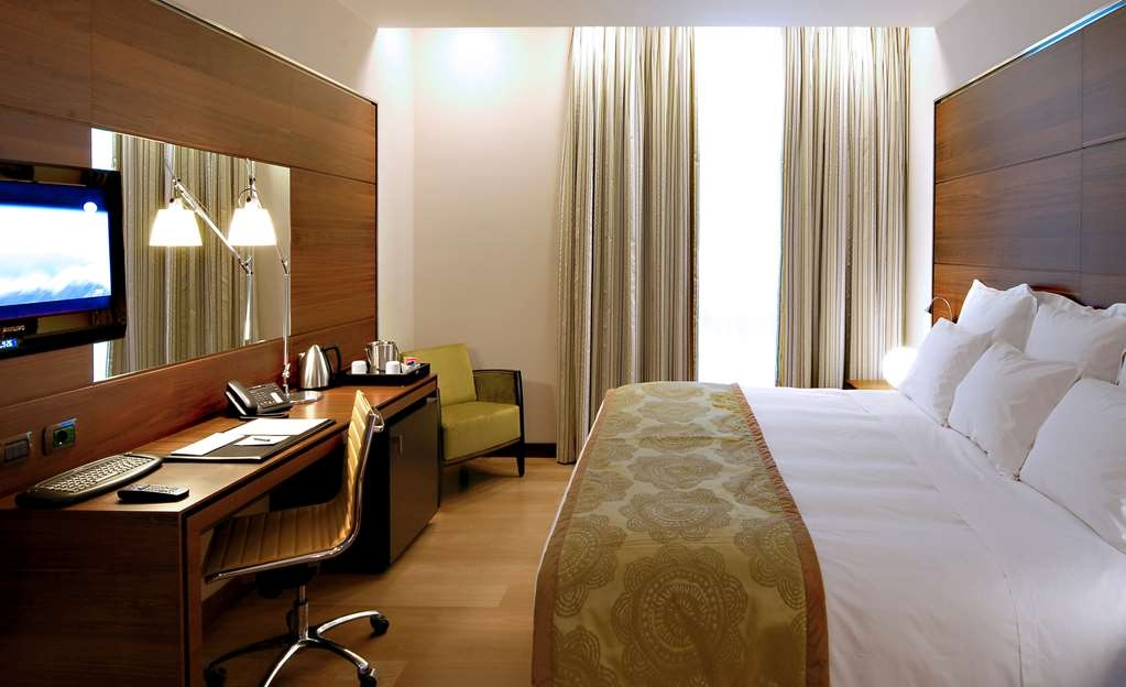 Best Western Premier BHR Treviso Hotel - Guest Room
