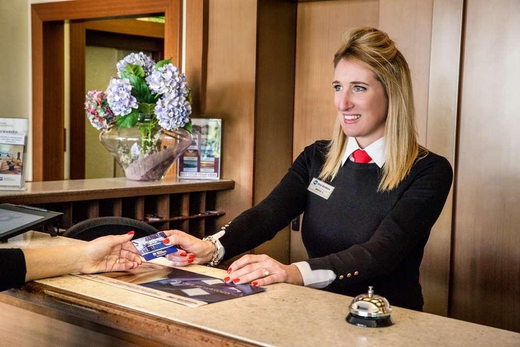 Best Western Titian Inn Hotel Venice Airport - Vista del vestíbulo