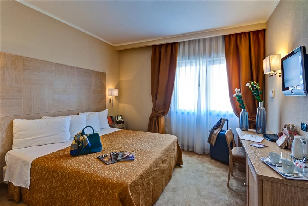 Best Western Hotel Rome Airport - Guest room