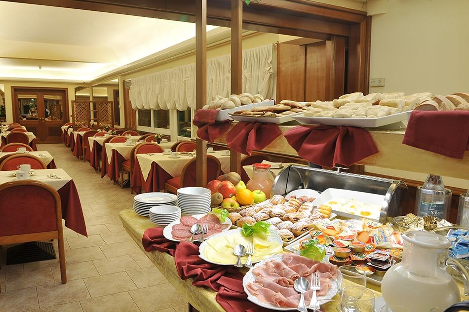 Best Western Hotel Moderno Verdi - Breakfast Area