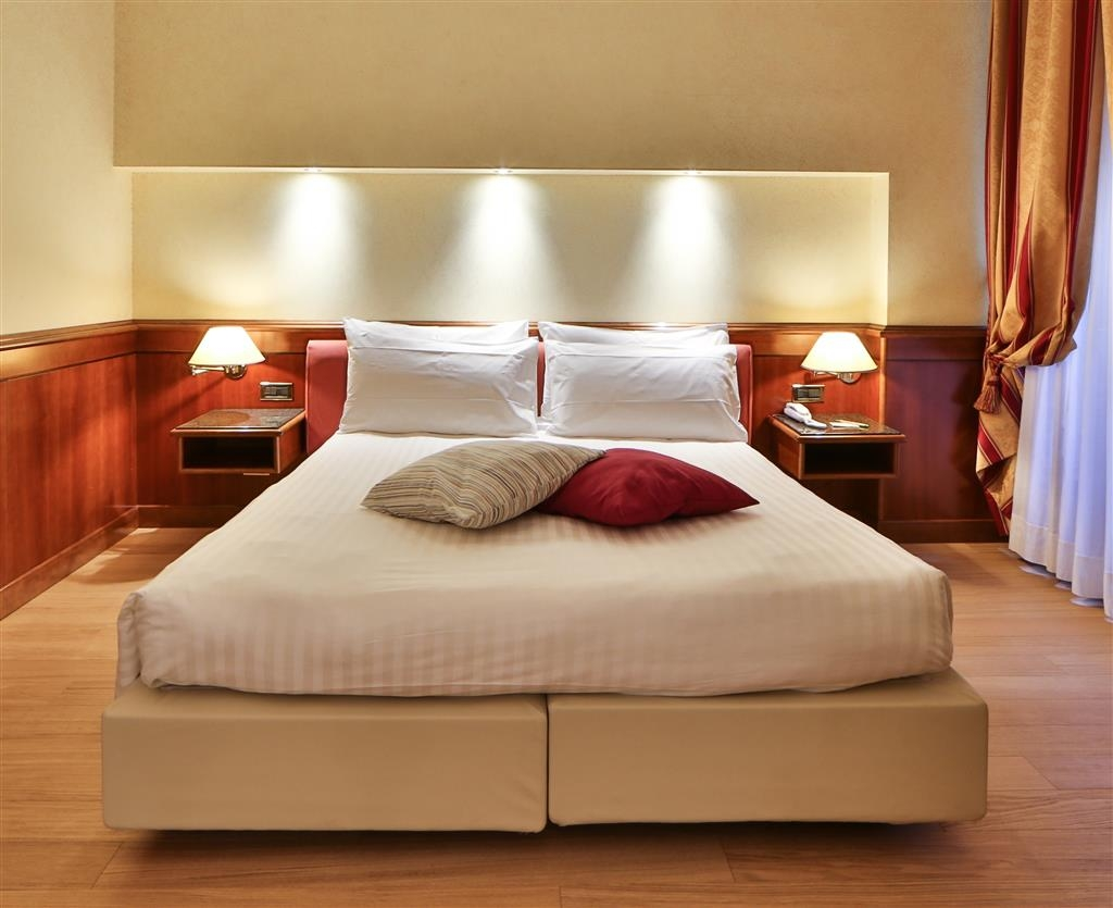 Best Western Hotel Moderno Verdi - Queen Guest Room