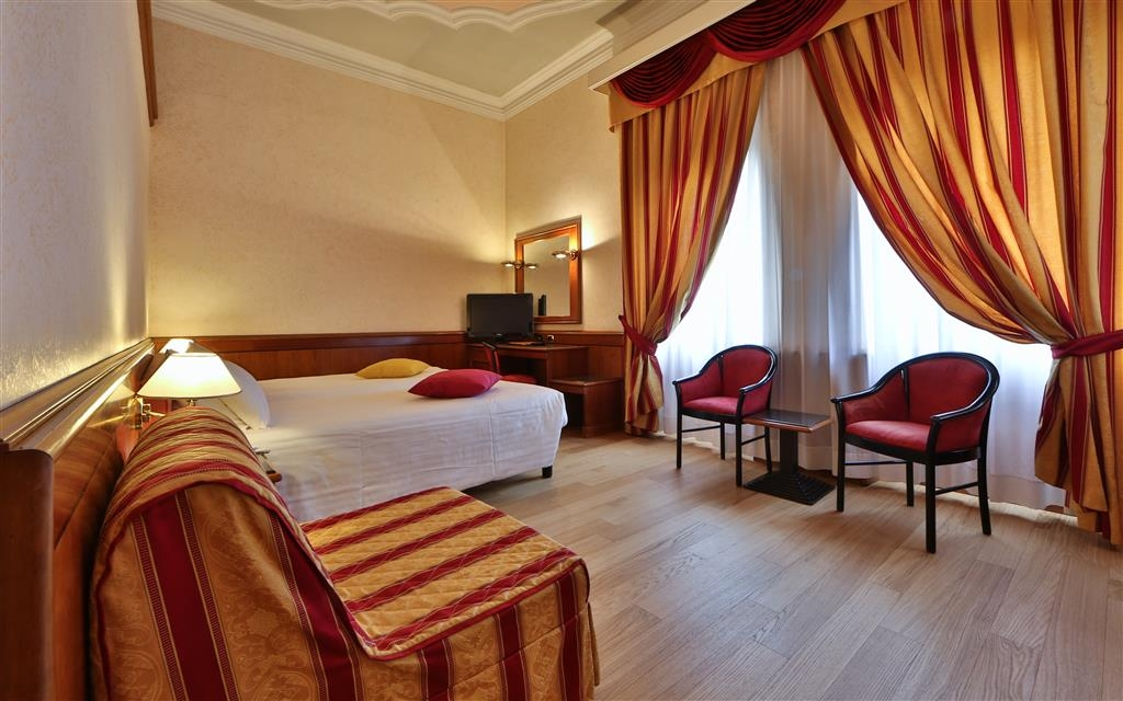 Best Western Hotel Moderno Verdi - Superior Triple Room