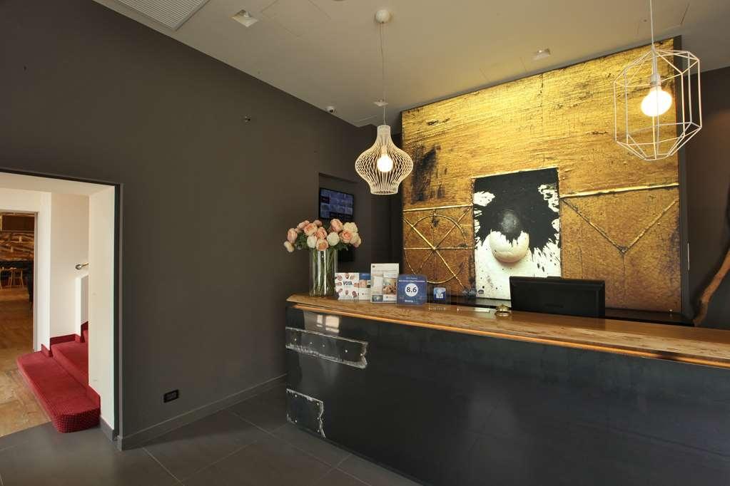 Best Western Hotel Piemontese - Hotelhalle