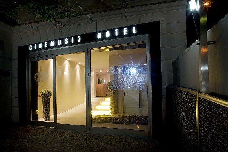 Best Western Cinemusic Hotel - Aussenansicht