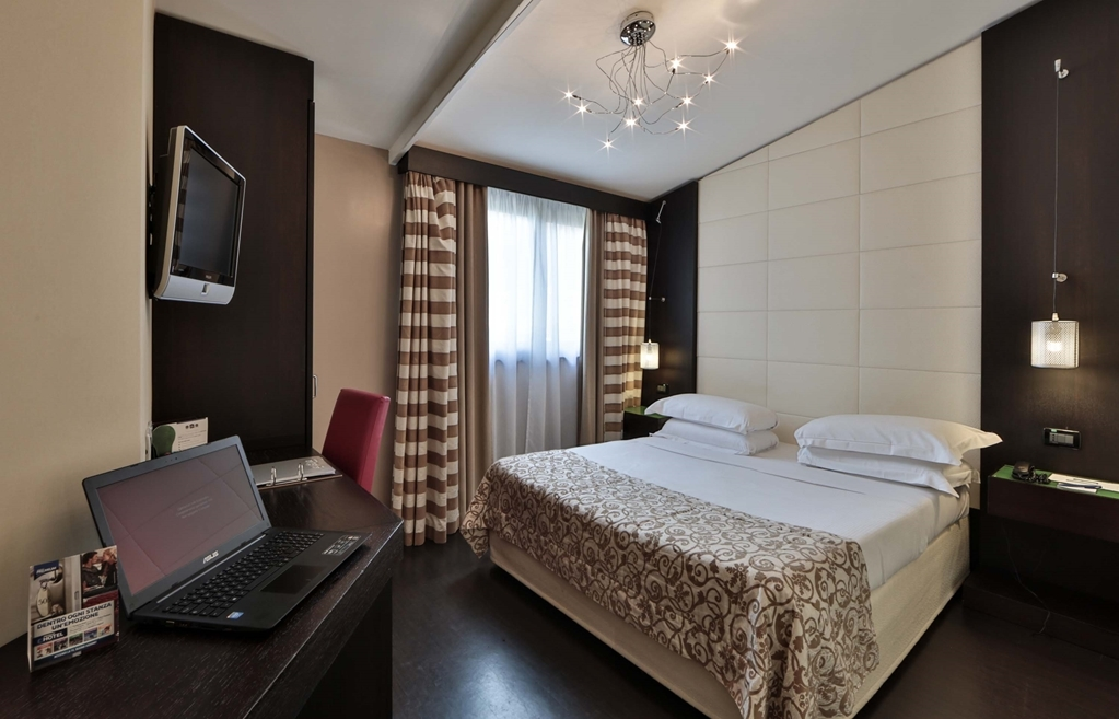 Best Western Cinemusic Hotel - Chambres / Logements