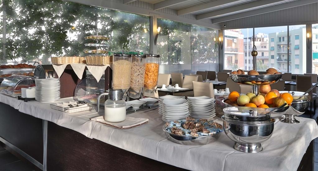 Best Western Cinemusic Hotel - Prima colazione a buffet
