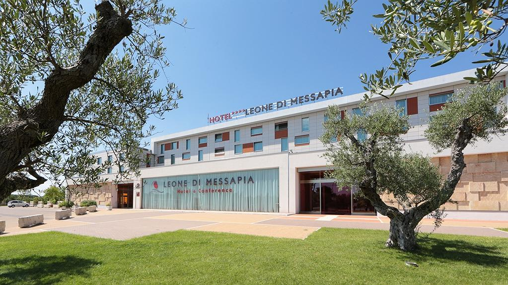 Best Western Plus Leone di Messapia Hotel & Conference - Vista exterior