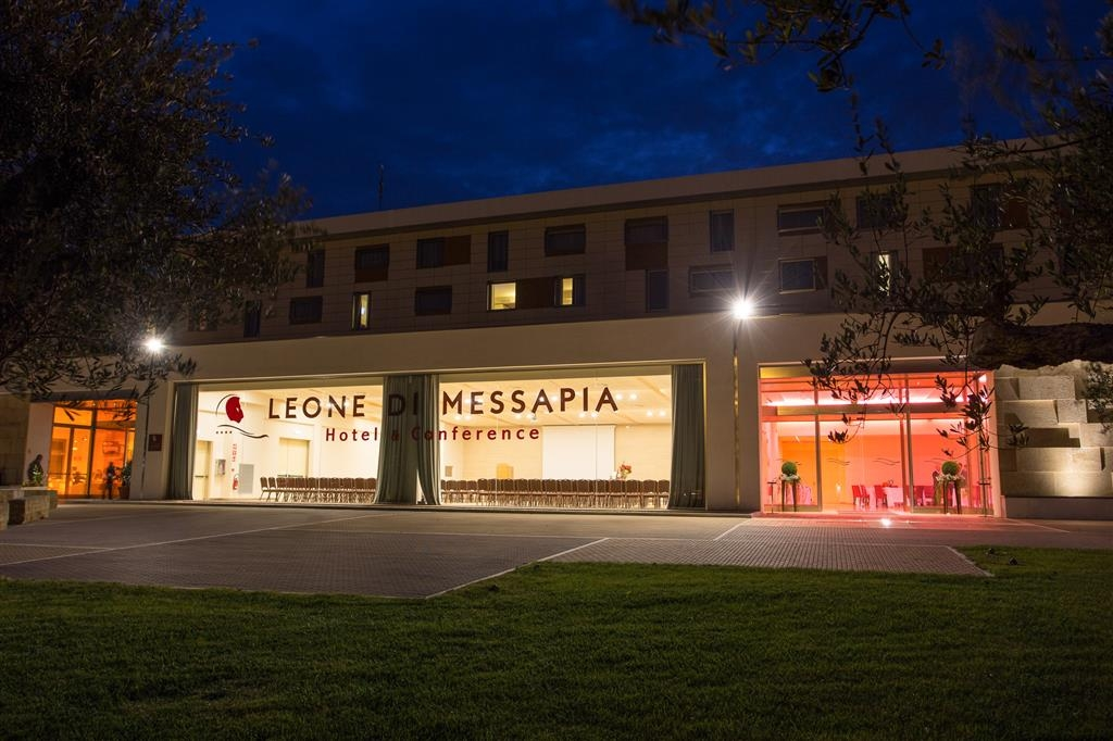 Best Western Plus Leone di Messapia Hotel & Conference - Außenansicht
