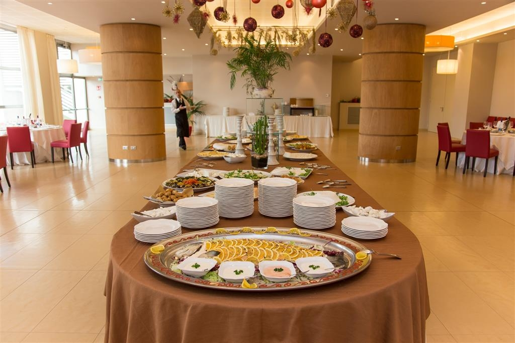 Best Western Plus Leone di Messapia Hotel & Conference - Buffet