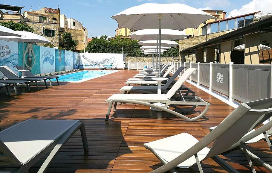 Best Western Hotel Anthurium - Piscina