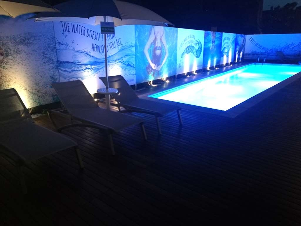 Best Western Hotel Anthurium - Vista de la piscina