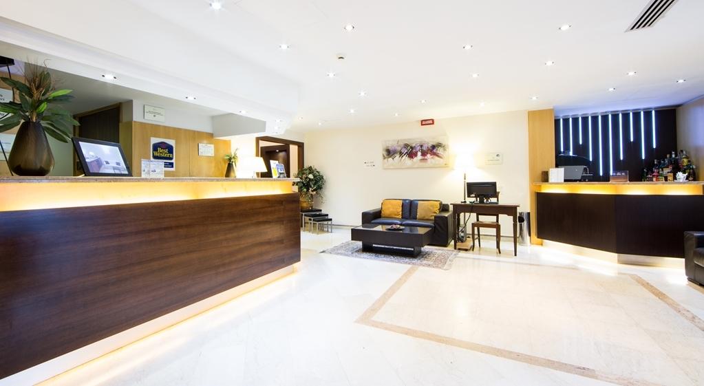 Best Western Suites & Residence Hotel - Lobby