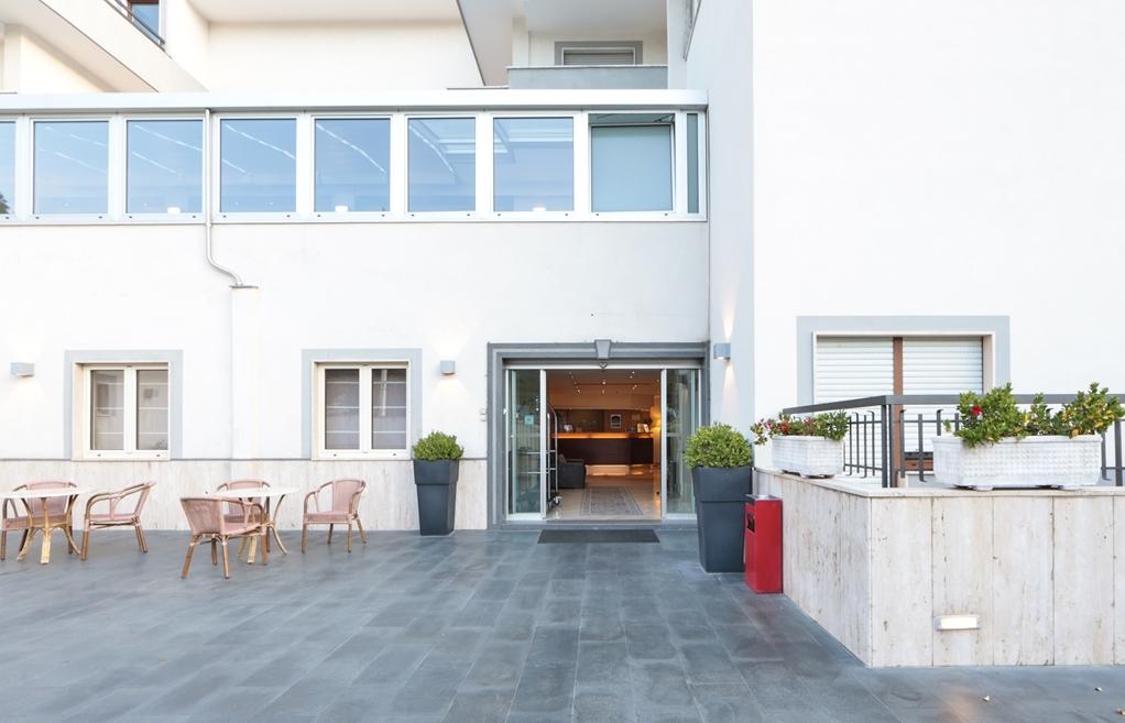 Best Western Suites & Residence Hotel - Außenansicht