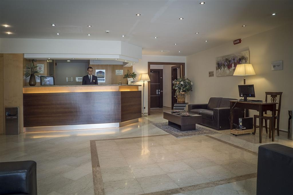 Best Western Suites & Residence Hotel - Hall