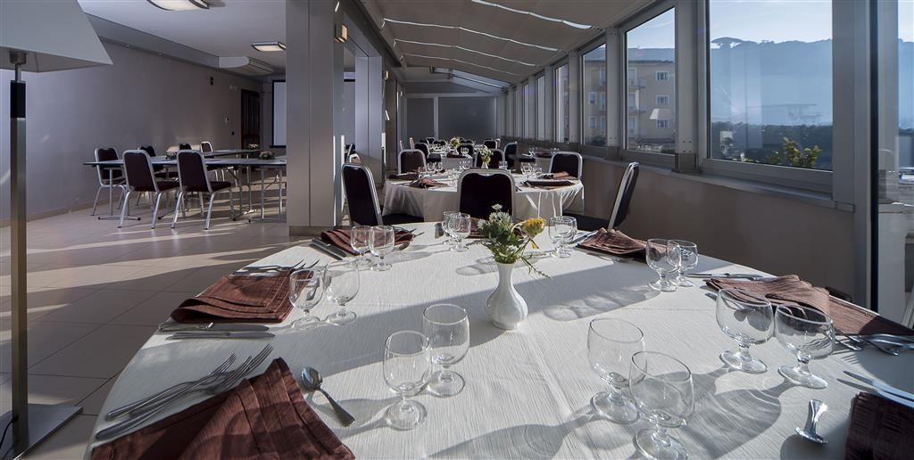 Best Western Suites & Residence Hotel - Restaurant