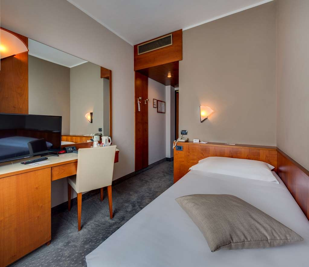 Best Western Hotel Turismo - Single Room