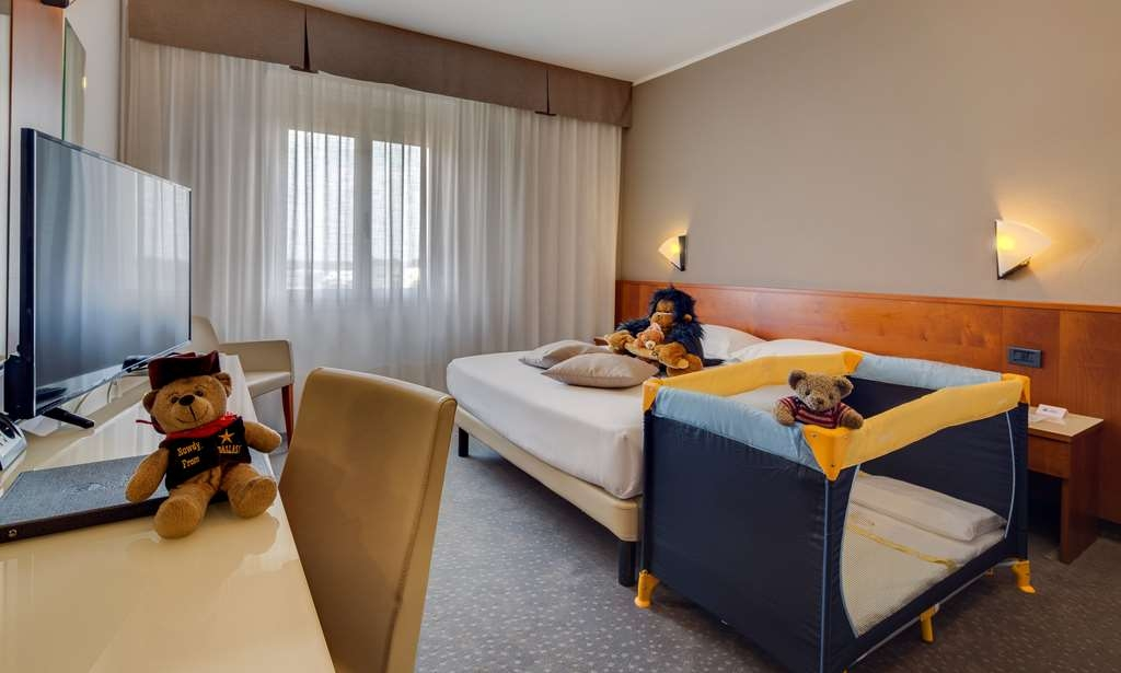 Best Western Hotel Turismo - Family Room