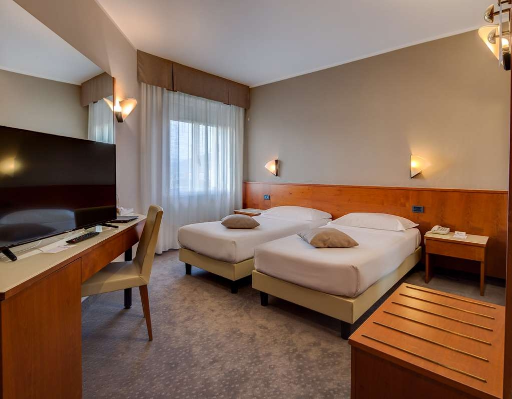 Best Western Hotel Turismo - Twin Room