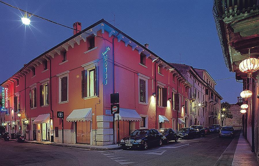Best Western Hotel Armando - Aussenansicht