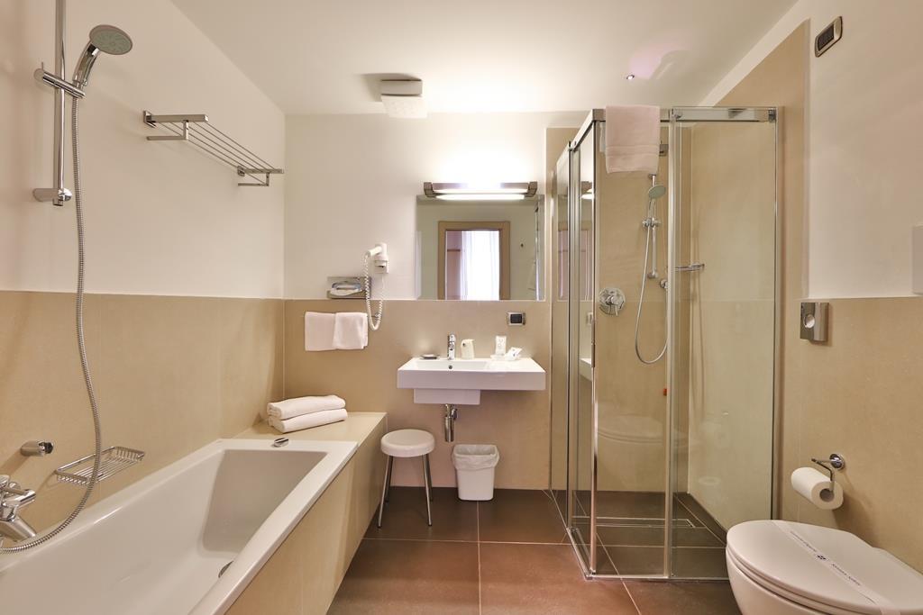 Best Western Hotel Armando - Badezimmer