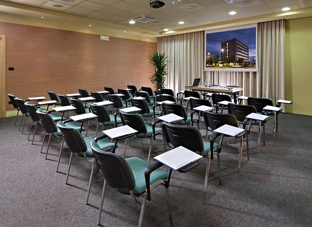 Best Western Hotel Langhe Cherasco & SPA - Meeting and Conference Room