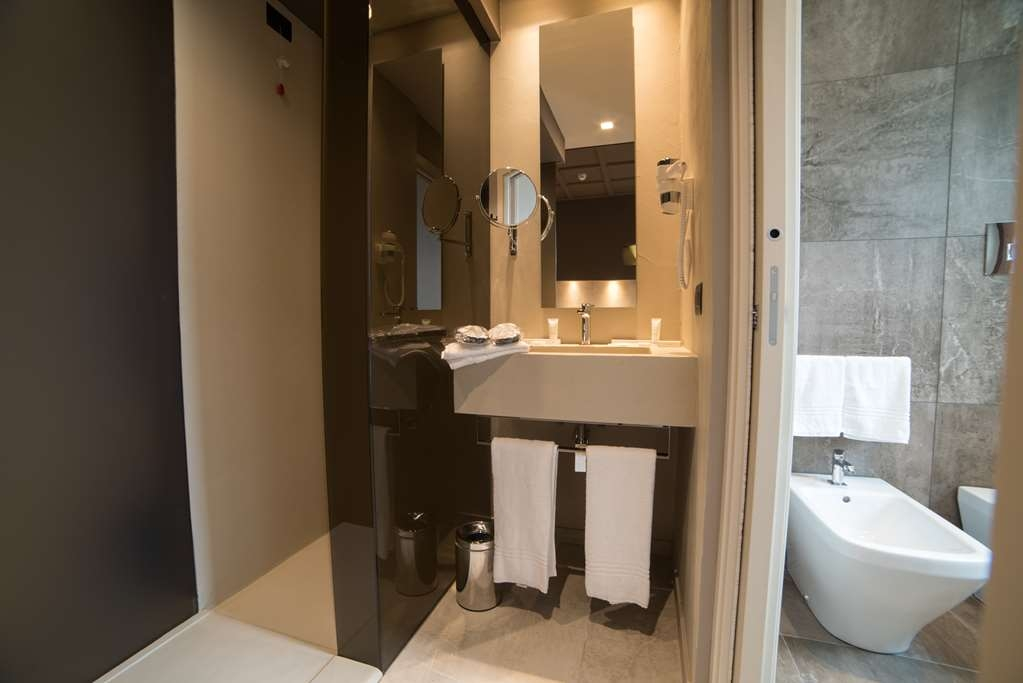 Best Western Plus Hotel Terre di Eolo - Superior Guest Room Bath