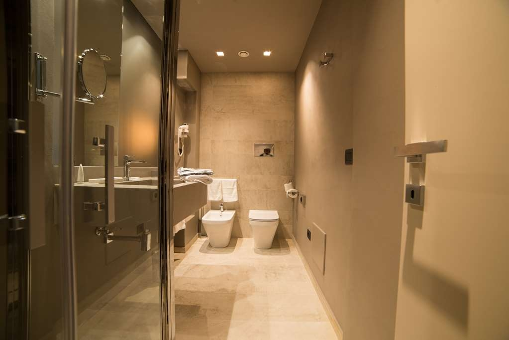 Best Western Plus Hotel Terre di Eolo - Bathroom in the Superior Rooms