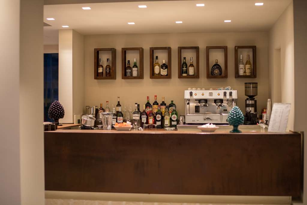 Best Western Plus Hotel Terre di Eolo - Bar / Lounge