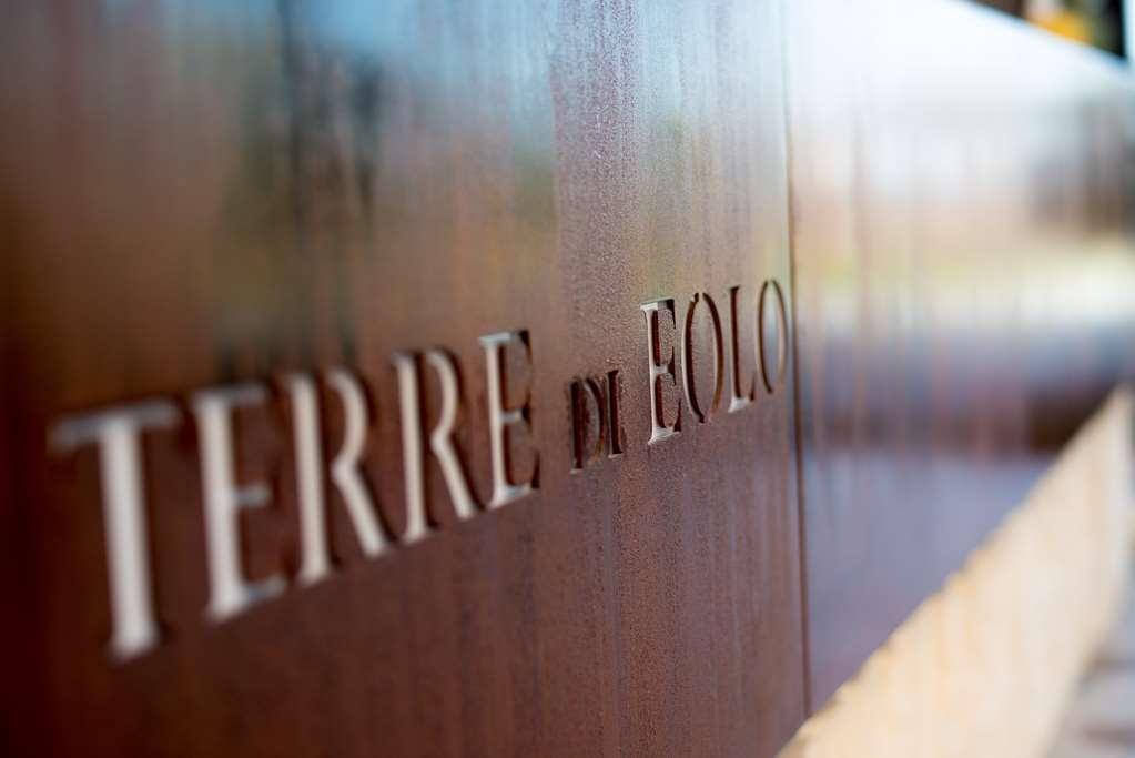 Best Western Plus Hotel Terre di Eolo - Reception Desk