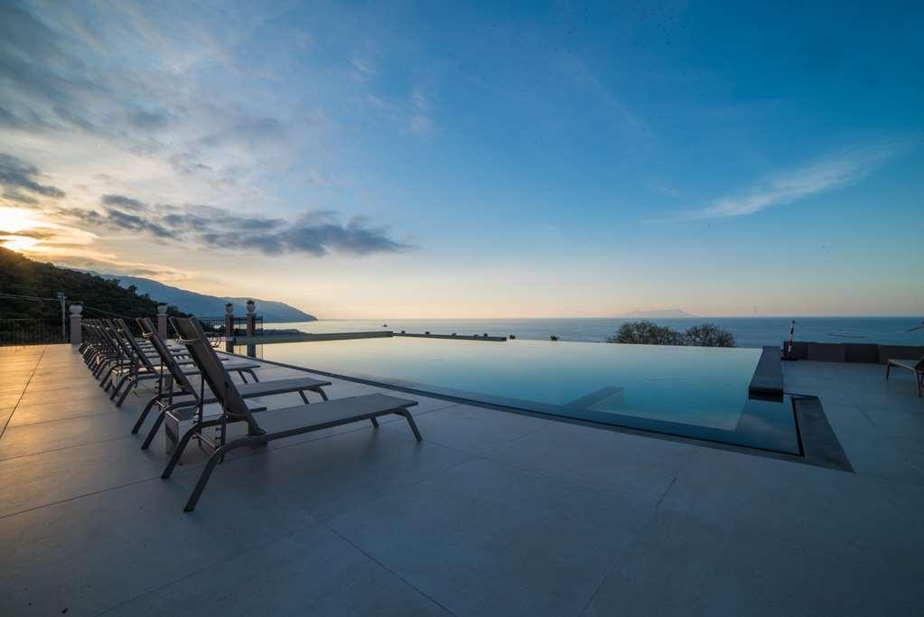 Best Western Plus Hotel Terre di Eolo - Panoramic Swimming Pool