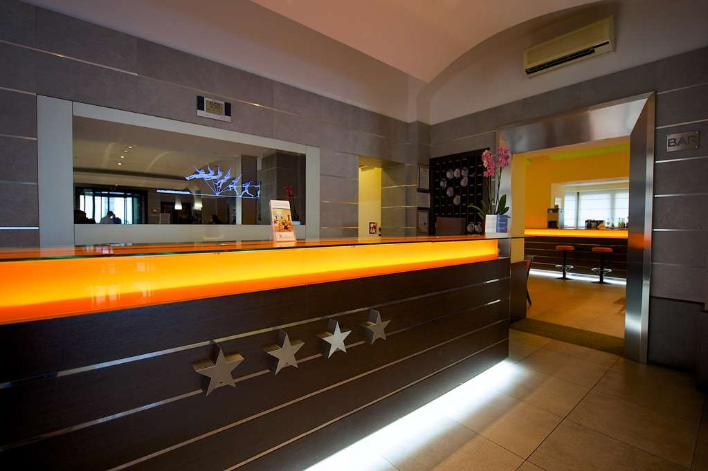Best Western Crystal Palace Hotel - Reception BEST WESTERN CRYSTAL PALACE HOTEL TORINO